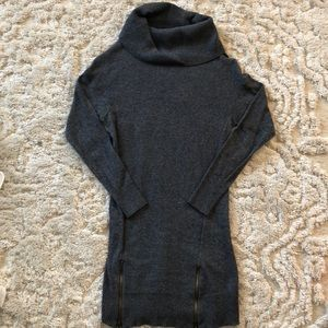 Mossimo cowl neck zip front tunic sweater